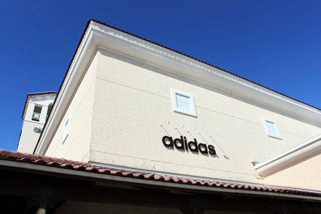 9cdf755ab9 Adidas Outlet  Roupas esportivas bonitas e de qualidade nos Estados Unidos