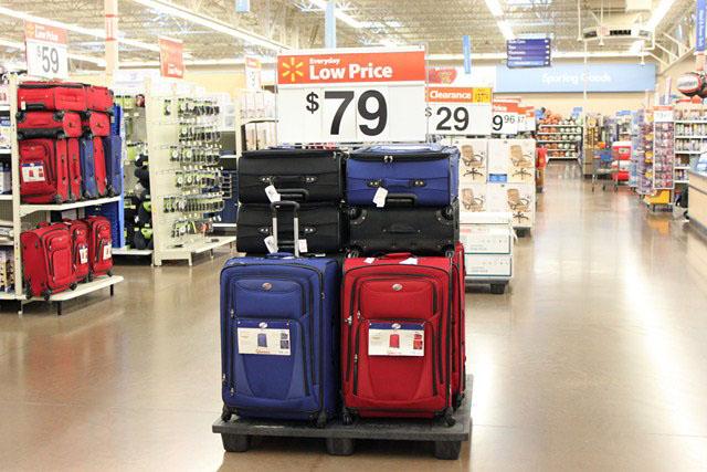 5f10542a604 Walmart  Malas baratas nos Estados Unidos • Falando de Viagem