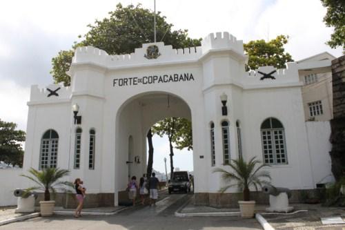 fortedecopacabana50.jpg