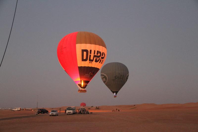Primeiros instantes da subida dos balões.
