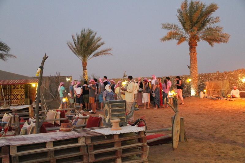 Acampamento beduíno no final da tarde.
