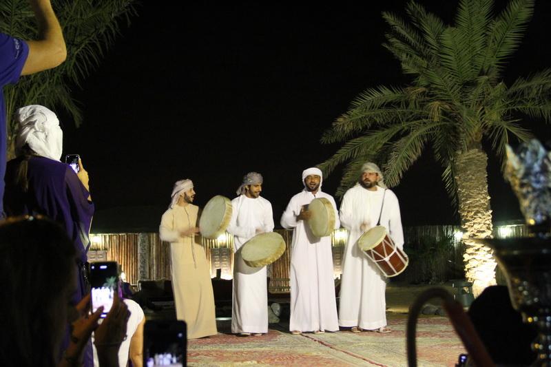 Dança típica árabe.