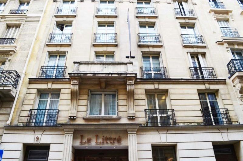 hotel le littr hotel 4 estrelas em paris fran a. Black Bedroom Furniture Sets. Home Design Ideas