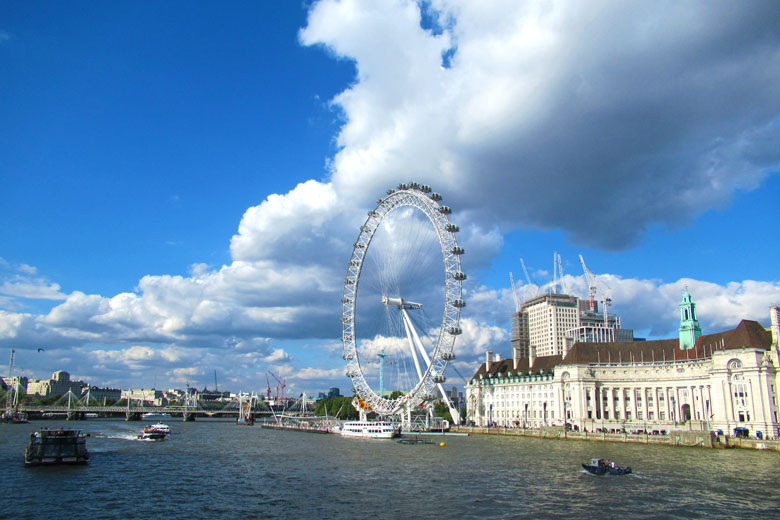 A roda-gigante London Eye.