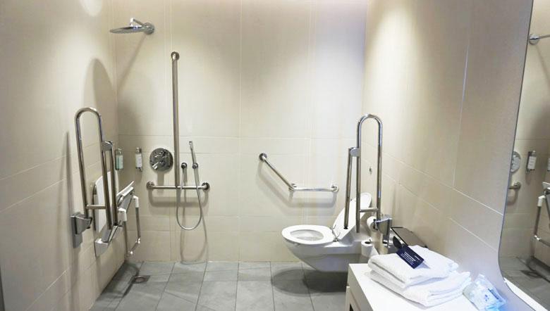 Sala de banho privativa.