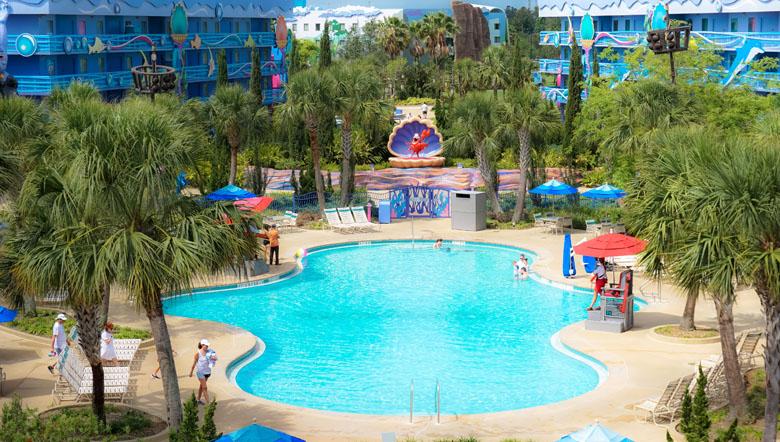 Todos os hotéis do complexo Disney oferecem benefícios especiais aos hóspedes.