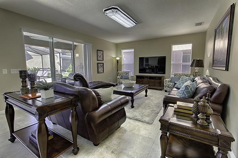 Ambiente confortável para conversar e assistir televisão.