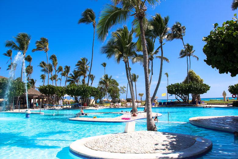 Praia ou piscina? Em Punta Cana você pode tudo!