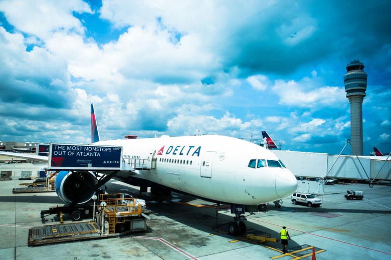 O hub da Delta Air Lines funciona muito bem para conexões nacionais ou internacionais.