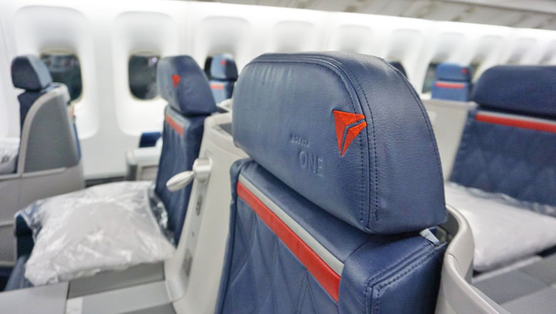 Classe Executiva no Boeing 767-400ER da Delta Air Lines.