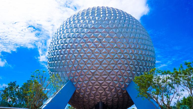 O Epcot é um parque temático do Walt Disney World Resort que agrada adultos e crianças.