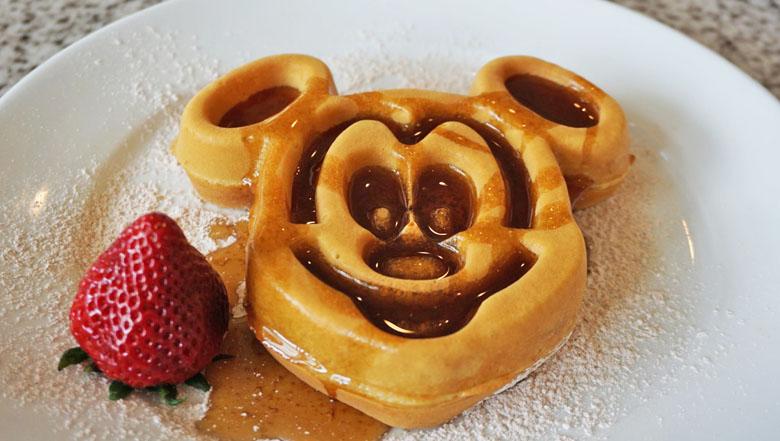 O clássico waffle em formato do Mickey.