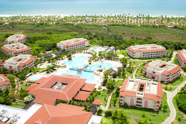 O Grand Palladium Imbassaí Resort e SPA é uma excelente opção para famílias.