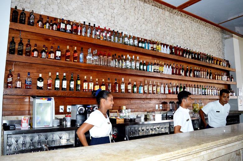 Bar no lobby.