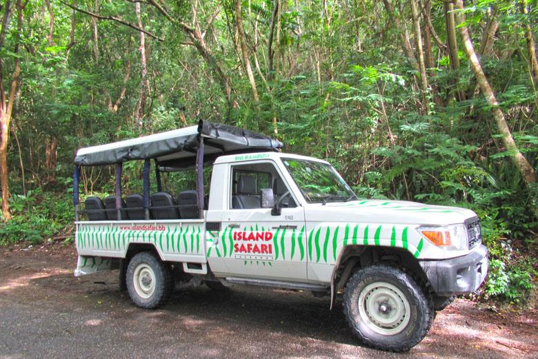 O carro usado no Island Safari.