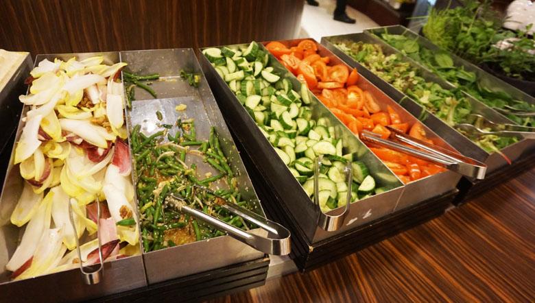 Opções de alimentação na sala VIP.