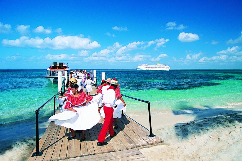 Nas ilhas caribenhas, a alegria e a simpatia dos moradores são um dos destaques.