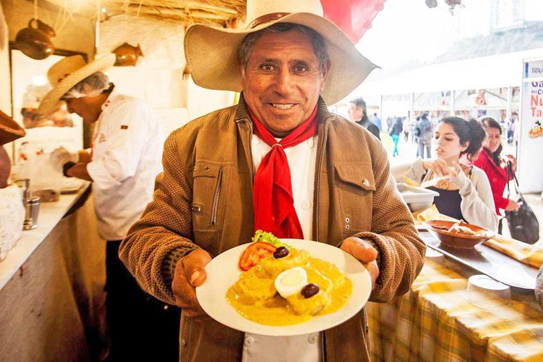 No festival você provará todos os sabores dos pratos típicos peruanos.