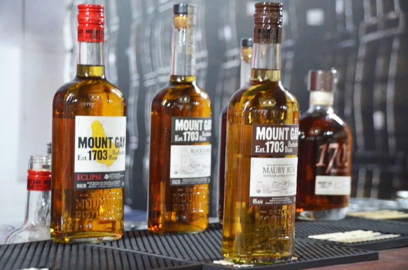 História e tradição são parte da Mount Gay Rum.