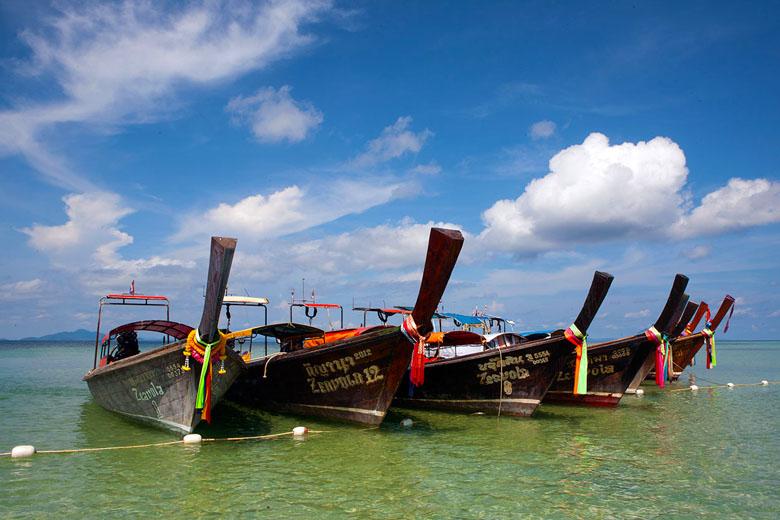 Barquinhos que compõem paisagens típicas dessa região.