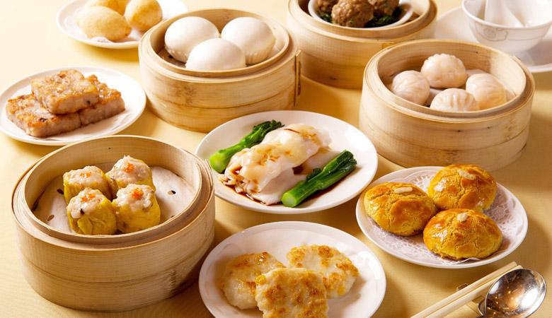 Os petiscos chineses são lindos, delicados e deliciosos.