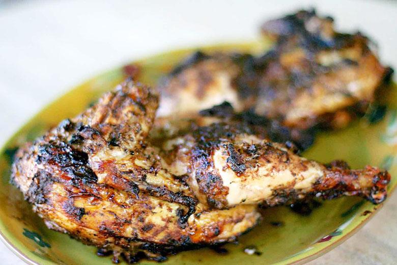 Se você acha frango sem graça, vá para Jamaica e mude de ideia.