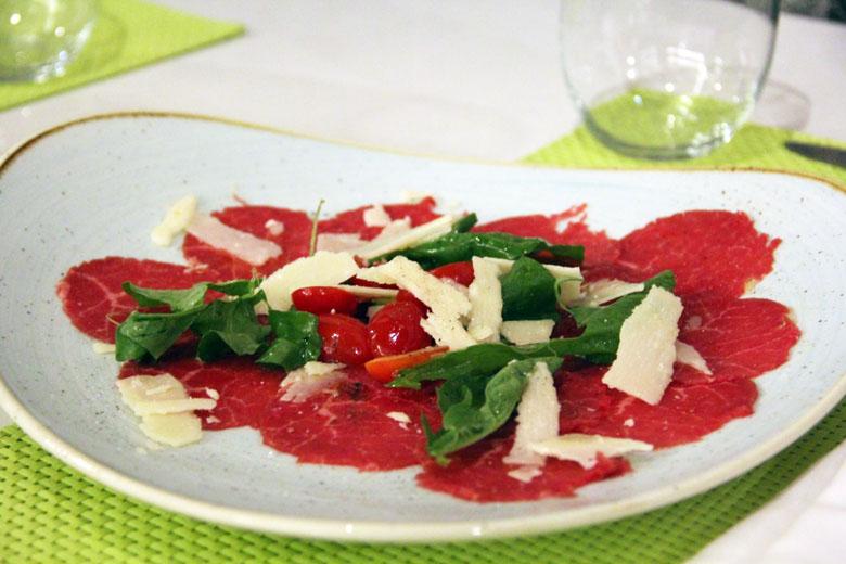 O restaurante italiano é um dos melhores.
