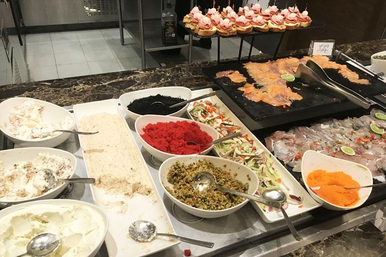 Caviar no café da manhã? Sim!