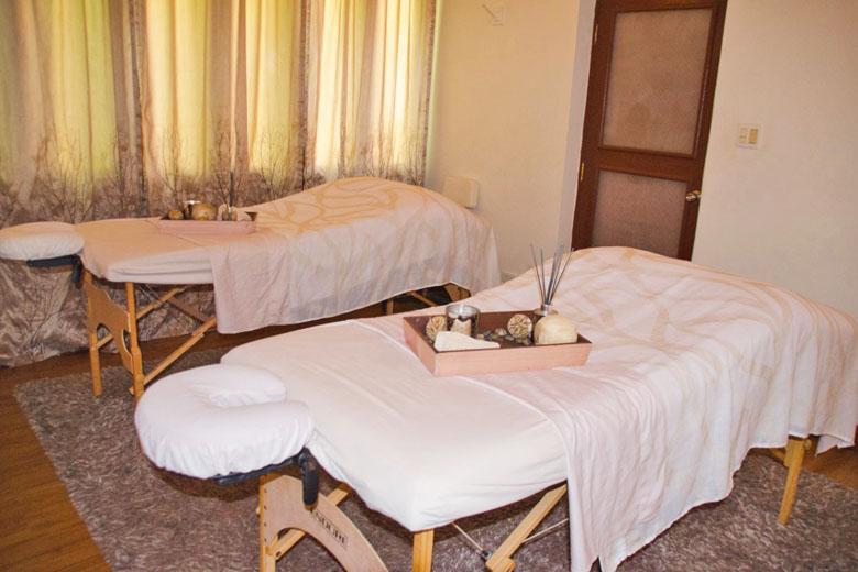 Detalhe de alguns tratamentos oferecidos no Serenity Spa.