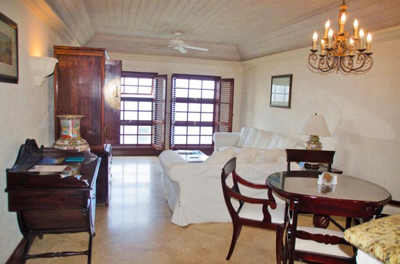 O quarto é muito charmoso e confortável.