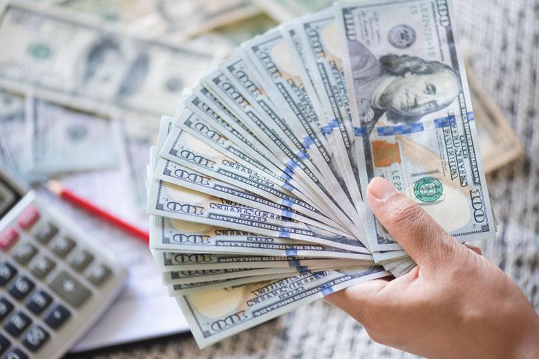 A cotação do dólar é o desespero de todos os viajantes brasileiros.