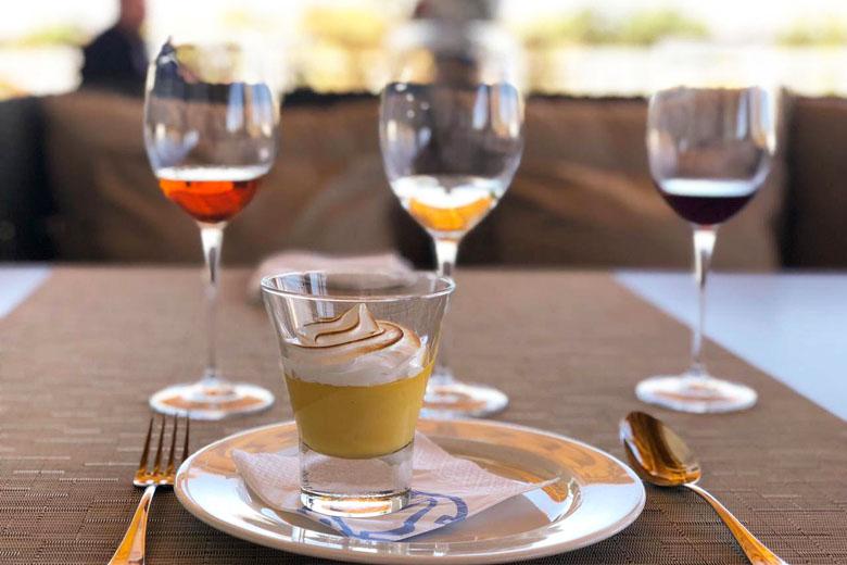 Vinhos e sobremesas. Gastronomia maravilhosa do explora Atacama.