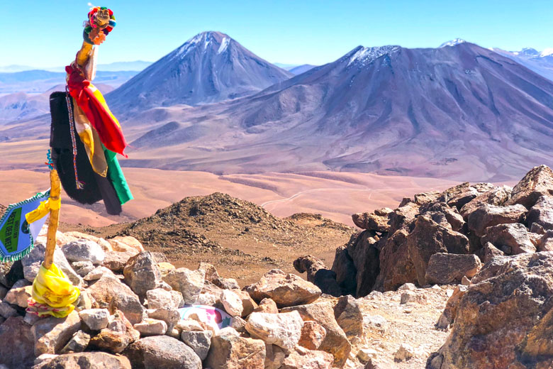 Subida com os guias do explora até o topo do vulcão.