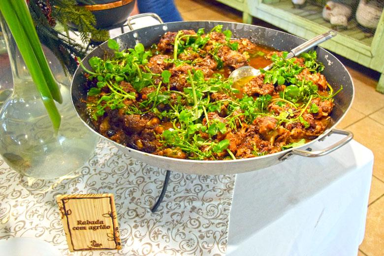 Restaurante Antúrios - rabada com agrião