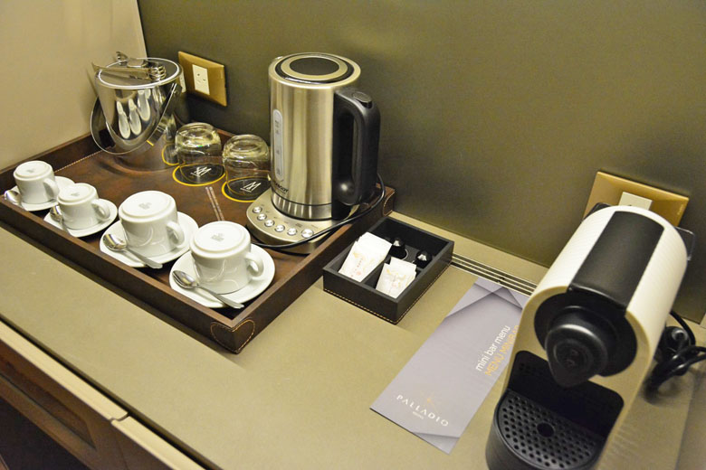 Suíte Deluxe do Palladio Hotel Buenos Aires MGallery by Sofitel.
