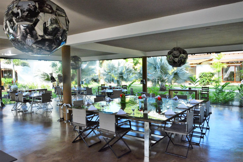 Restaurante do hotel Campo Bahia.