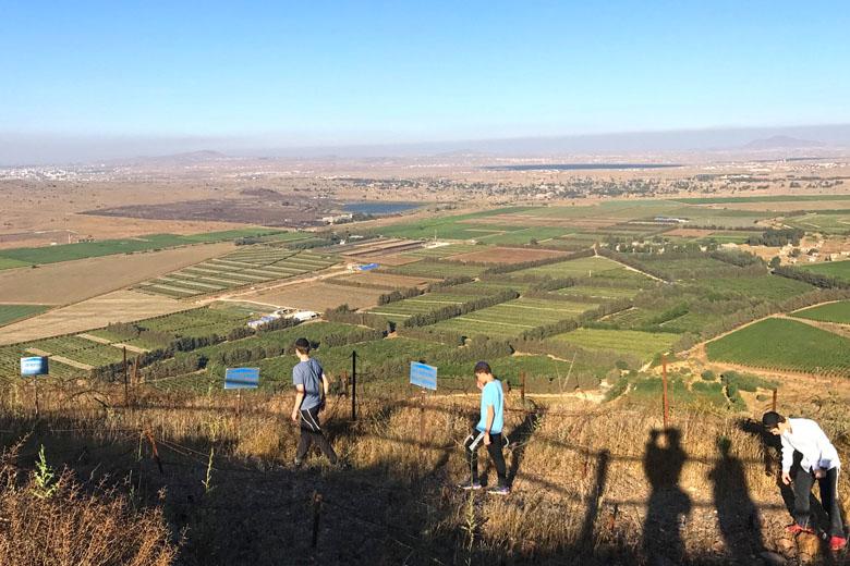 Vista do alto do Monte Bental - a Síria é logo ali.