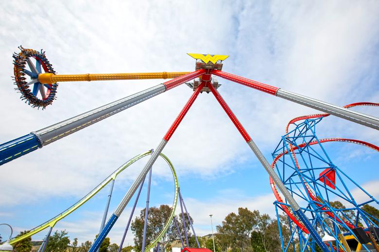 Se você gosta de fortes emoções deve ir ao Six Flags.